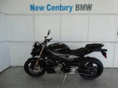 2016 BMW S1000R Sportbike