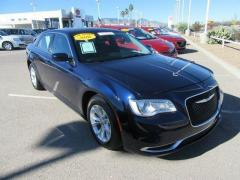2016 Chrysler 300 4D Limited Car