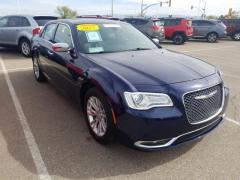2017 Chrysler 300 4D 300C Car