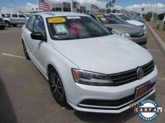 2016 Volkswagen Jetta Sedan 4D 1.4T SE Car