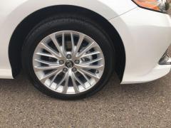 2018 Toyota Camry 4D XLE Car