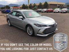 2019 Toyota Avalon 4D Hybrid Limited Car