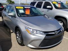 2017 Toyota Camry 4D XLE Car