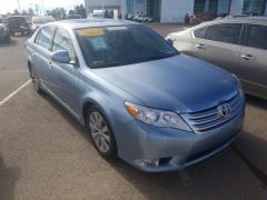 2012 Toyota Avalon 4D Limited Car