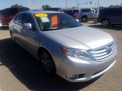 2011 Toyota Avalon 4D Limited Car