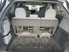 2017 Toyota Sienna LE Auto Access Seat