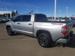 2017 Toyota Tundra Crew Cab Pickup