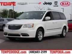 11 Chrysler Town & Country Touring