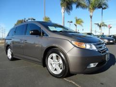 12 Honda Odyssey Touring Elite