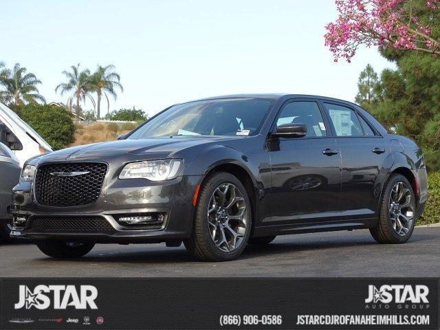 2018 Chrysler 300S