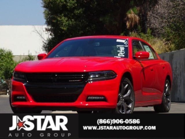 2017 Dodge CHARGER SXT RWD