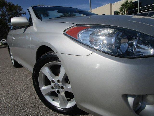 2005 Toyota Camry Solara SLE