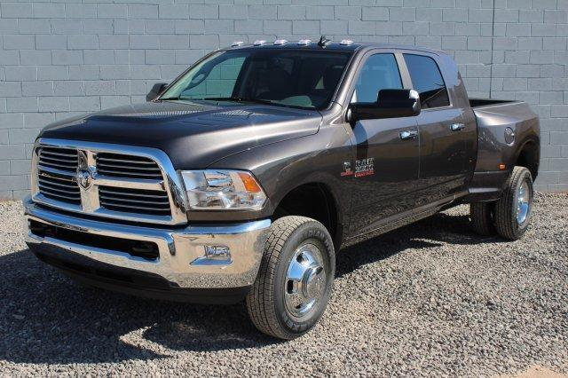 2017 RAM 3500 BIG HORN MEGA CAB 4X4 6'4 BOX