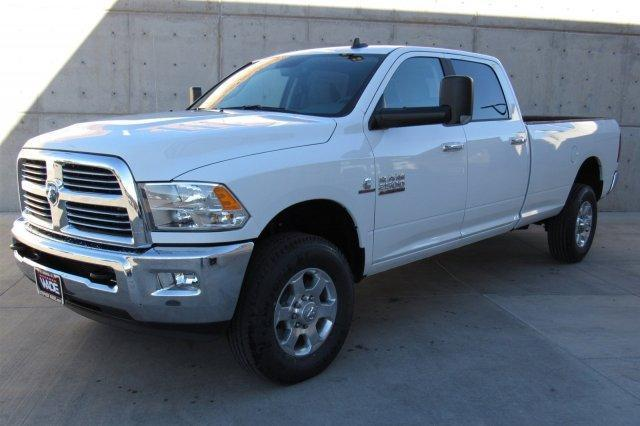 2017 RAM 2500 BIG HORN CREW CAB 4X4 8' BOX